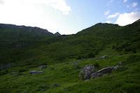 Le Pic de Mousques est en vue au dessus de la crete