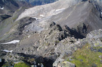 La crete aerienne menant au Pic de la Munia