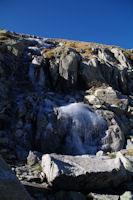 Cascade de glace sous les pentes des cretes de Barris d'Aubert