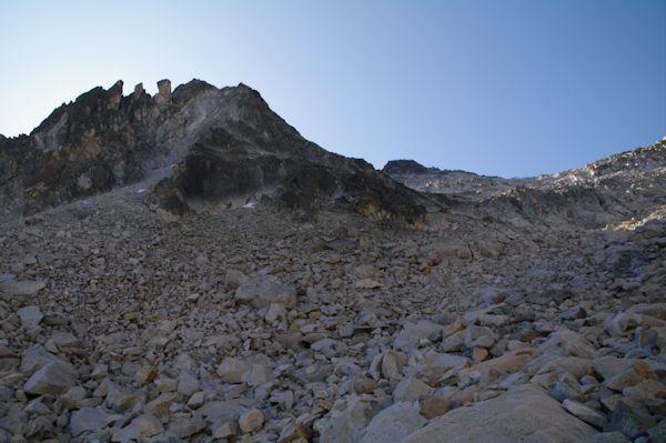 La crête Nord du Pic de Néouvielle, le Pic de Néouvielle au fond
