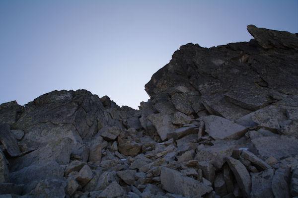 La cheminée donant accès au Pic de Néouvielle