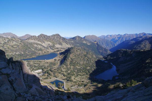Les Lacs d_Aubert et d_Aumar et les Laquettes depuis les crêtes de Barris d_Aubert