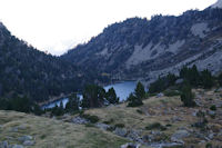 Les Laquettes depuis le barrage du Lac d'Aubert