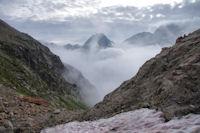 Le Pic d'Arraille emerge de la brume