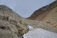 Quelques névés en remontant vers le Col des Mulets