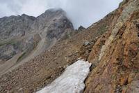 Petit neve en arrivant au Col d'Arratille
