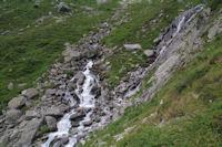 Une cascade sur le ruisseau descendant de la Pacca