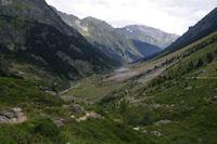 La vallee du gave d'Arrens, au fond, le Grand Gabizos