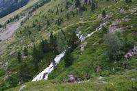 Une cascade sur le Gave d'Arrens