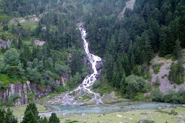 La cascade du ruisseau de Larribet