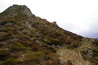 La crete Ouest du Soum de la Pene, a gauche, un passage un peu delicat…