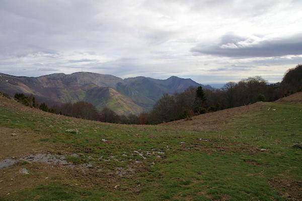 La vallée du Bergons depuis le Col de Liar, le Pic du Pibeste à droite