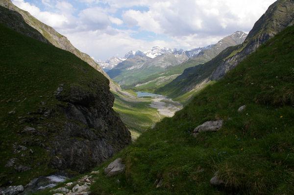 La vallée du Gave d'Ossoue depuis la cascade
