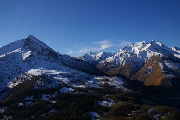 Le Pic du Midi d'Arrens et les Pics de Gabizos depuis le Pic de Pan