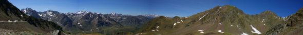 Panorama sur la vallee de l'Oncet