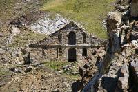 Maison en ruine au col de Sencours