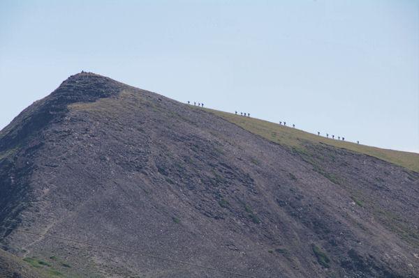 Pyrénéistes sur les pentes du Pic de Montarrouyes