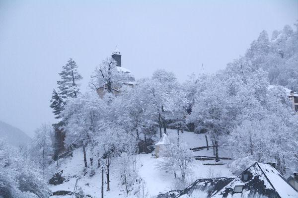 La Chapelle de Pouey Laun sous la neige