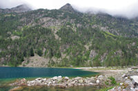 L'extremite Sud du Lac de Gaube