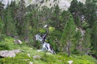 Petite cascade sur le Gave des Oulettes de Gaube