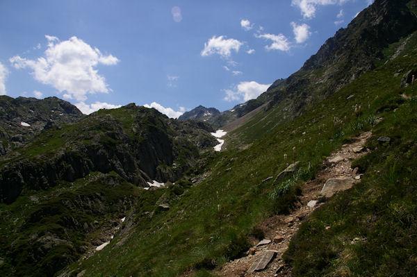 Le vallon de l_Arriougrand, au fond, le Pic de Palada