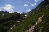 Le vallon de l'Arriougrand, au fond, le Pic de Palada