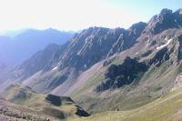 Le grand Arroubert depuis le Col d'Uzious, au fond, le Pic de l'Arcoeche et le Soum de Bassia de Hoo