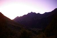 La crete entre le Pic du Midi d'Arrens et le Moneste au petit jour