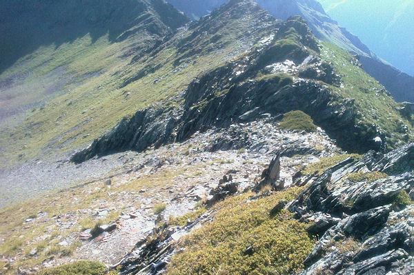 La crête entre le Sanctus et le Pic de Louesque, au fond, le Col de Louesque