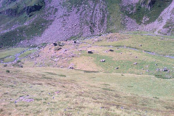 La cabanne de Bouleste près du ruisseau de Labas