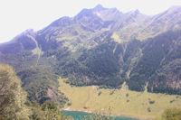 Le Lac du Tech domine par le Pic de Sarret
