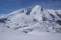 Le Col du Soulor domine par le Petit Gabizos