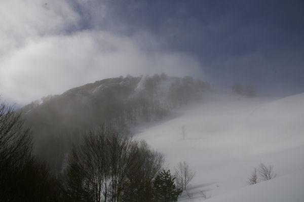 Le Pic de Berbeillet dans la brume