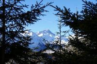 En montant au Col de la Serre, le Pic du Balaitous
