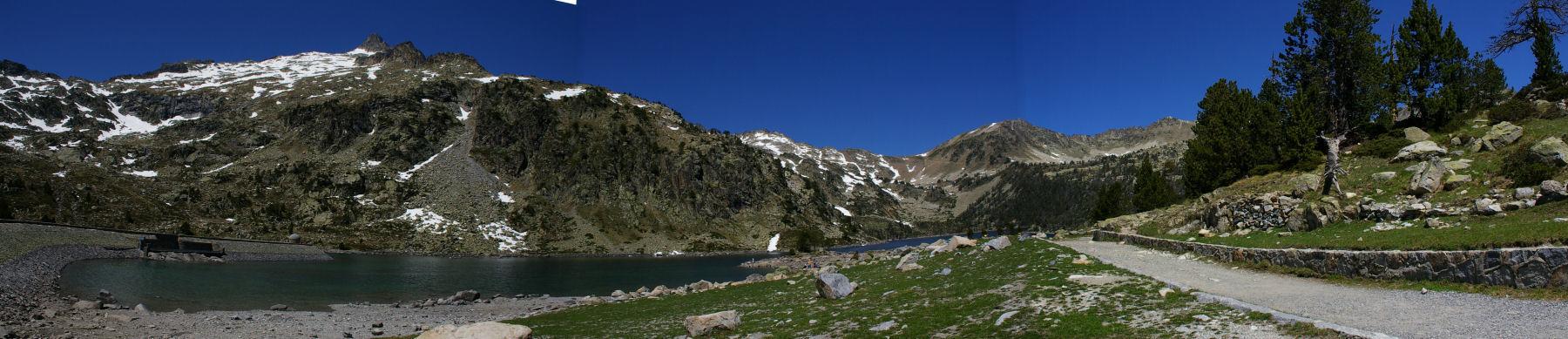 Panoramique sur le lac d&#39Aubert
