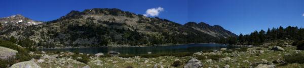 Panoramique sur le lac d'Aumar