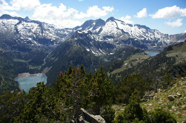 Le lac d&#39Orédon, les Laquettes, le lac d&#39Aubert et le lac d&#39Aumar depuis le Soum de Monpelat
