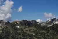 Au centre le pic du Midi de Bigorre depuis le Soum de Monpelat