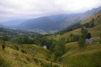 Au fond, Arrens et le Val d'Azun