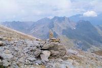 Les sommets au dessus de la vallee d'Ossoue