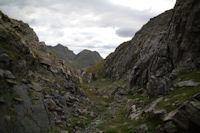 Petit vallon a remonter vers les Lacs de Montferrat