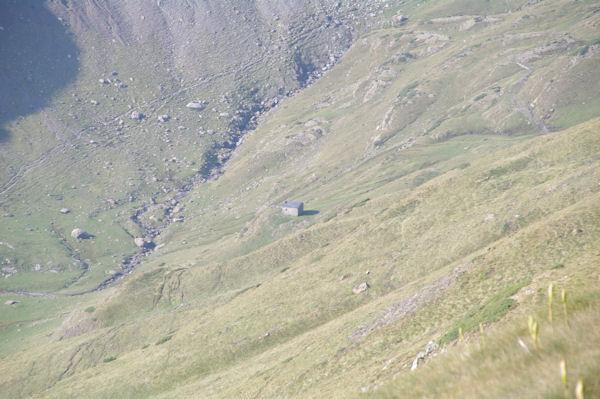La cabane des Soldats dans vallée des Pouey Aspé