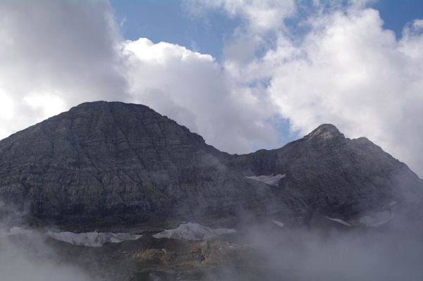 Le Taillon et les Pics des Gabiétous depuis le Col des Tentes