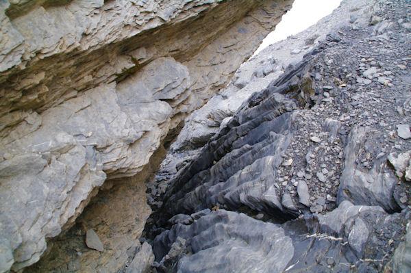 La cheminée donnant accès aux terrasses inférieures
