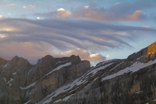 L_Epaule du Marboré et les Pics de la Cascade