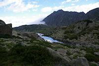 Le Lac de Mounicot et un peu plus loin, le Lac d'Astazou