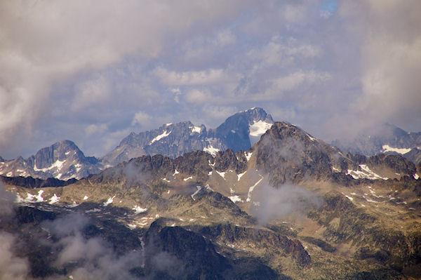 Le Pic de Balaïtous et le Glacier de Las Néous depuis les crêtes menant au Turon de Néouvielle