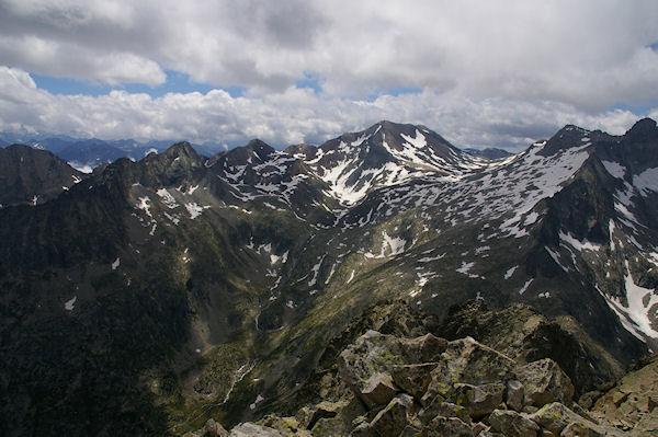 Pic Méchant, Pic d&#39Estaragne, Pic de Campbieil et Pic Long depuis le sommet du Turon de Néouvielle