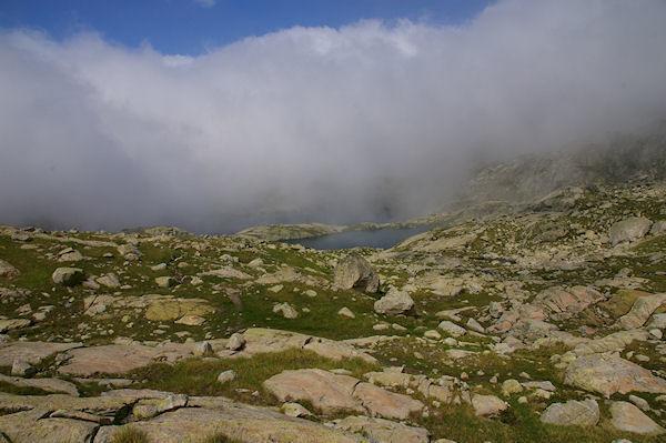 Le Lac de la Manche et dans la brume, le Lac Det Mail