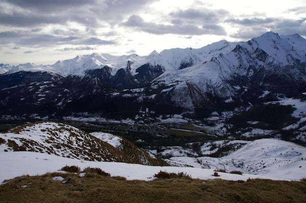 Arrens depuis le Turon d_Ompré, le Pic du Midi d_Arrens à droite
